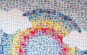 Oeuvre d'art No rain no rainbow de morgan le ruyet réalisé avec des timbres.