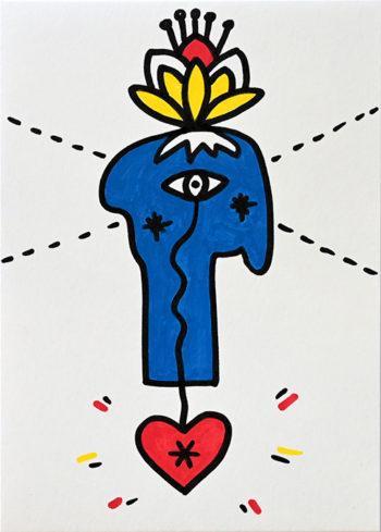 Dessin figuratif au style enfantin réalisé au marqueur à l'huile. Format 14,8 par 21 centimètres. Une série qui aborde le dessin par ses 5 couleurs de base. Les 3 primaires, rouge, bleu, jaune et les 2 basiques blanc et noir. Au centre du dessin, on peut voir un visage abstrait bleu dessiné de profil, avec au centre de celui-ci, un œil. De cet œil par une ligne qui rejoint un cœur rouge en bas du tableau. Au-dessus du visage, il y a comme une fleur de lotus jaune et blanche avec un coeur rouge et 4 pistils. Enfin, derrière le visage, il y a une grande croix en pointillé qui prend toute la largeur du dessin.